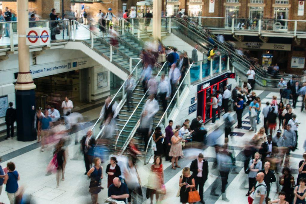 Una empresa puede definir uno o varios perfiles de consumidores
